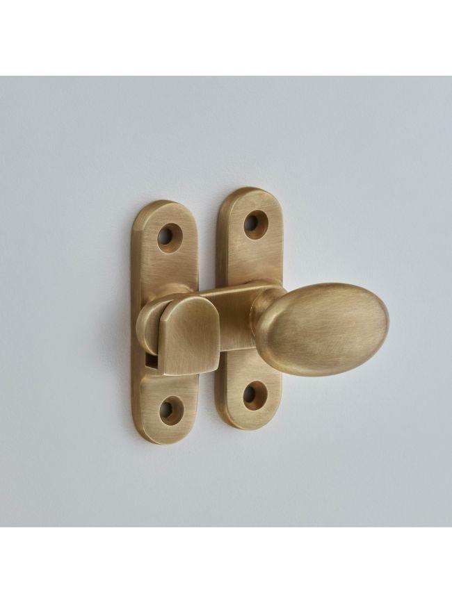5211 Oval Knob Cabinet Catch 38mm